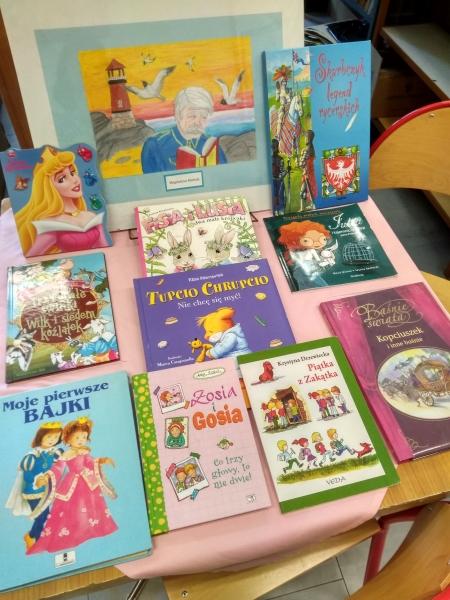 Podziękowanie za dary do biblioteki szkolnej