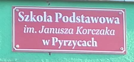 Nasza szkoła nosi imię Janusza Korczaka