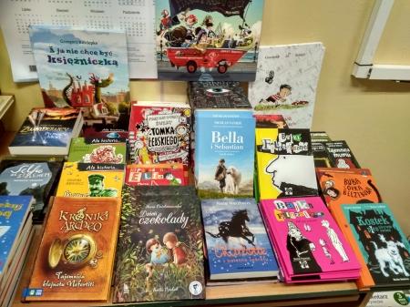 Książki z Narodowego Programu Rozwoju Czytelnictwa w bibliotece szkolnej